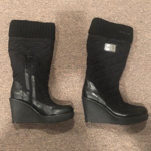 NWOTS Guess Platform Wedge Boots